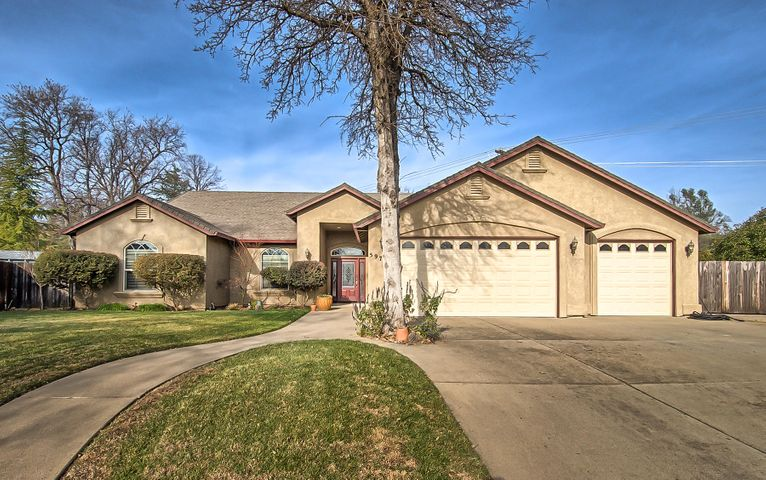 5976 Beaumont Ct, Redding, CA 96003