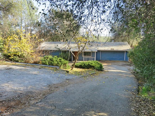 12099 Shaver Lane, Redding, CA 96003