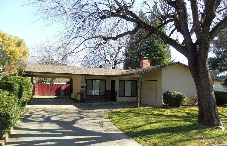 2185 Paris Ave, Redding, CA 96001