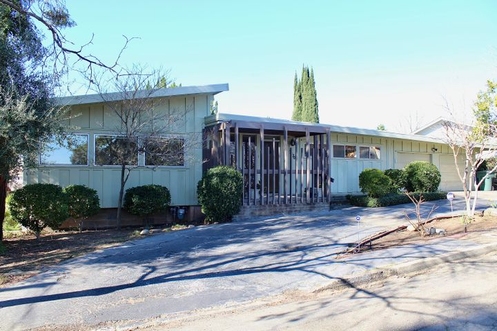 2170 Olive Ave, Redding, CA 96001