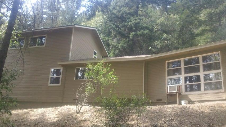1315 Tucker Hill Rd, Douglas City, CA 96024