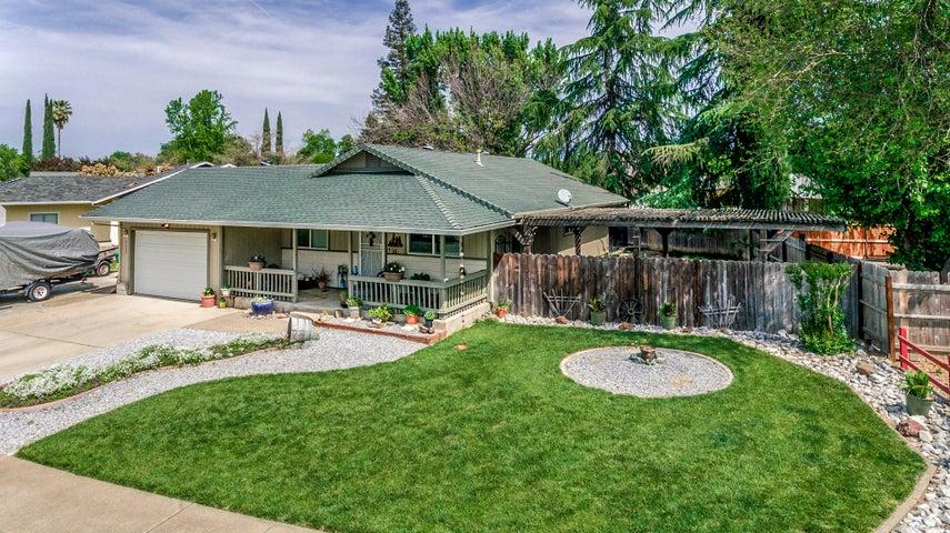 2555 Toyon St, Anderson, CA 96007