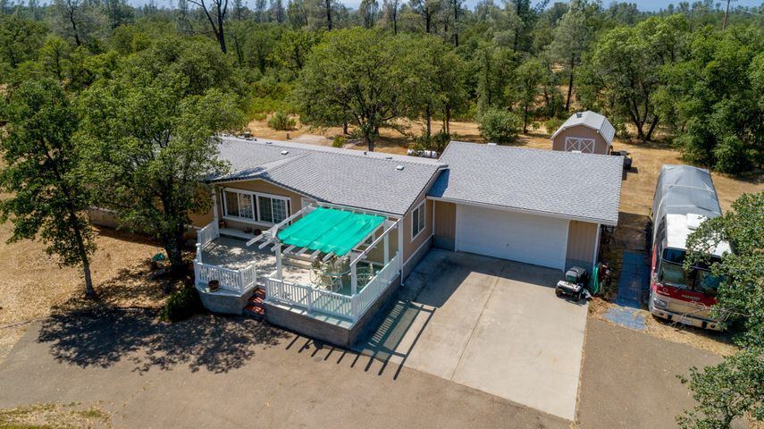 21058 Stepheno Ln, Redding, CA 96003