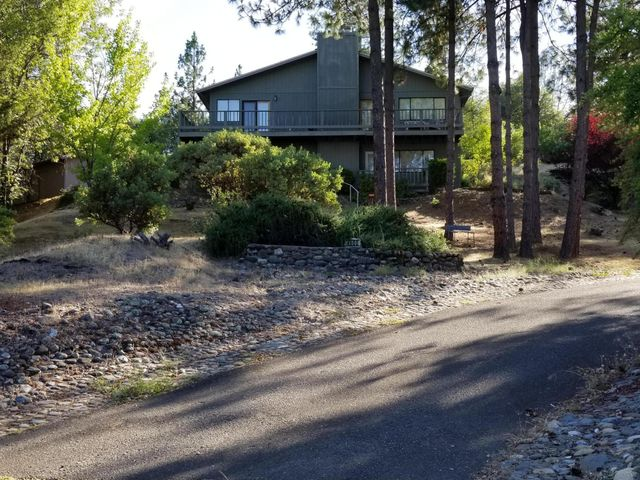 4600 Orkney Pl, Shasta Lake, CA 96019