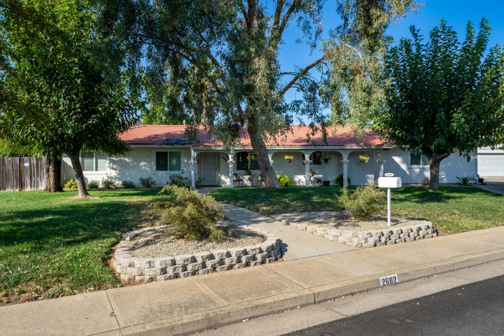 2682 Amethyst Way, Redding, CA 96003