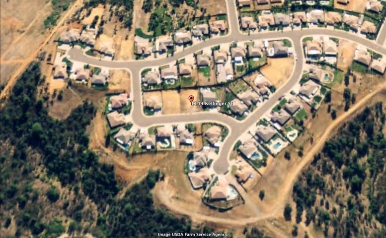 1149 Kellinger St, Redding, CA 96003