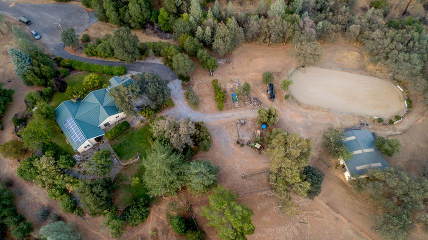8765 Goldstone Ln, Redding, Ca 96001