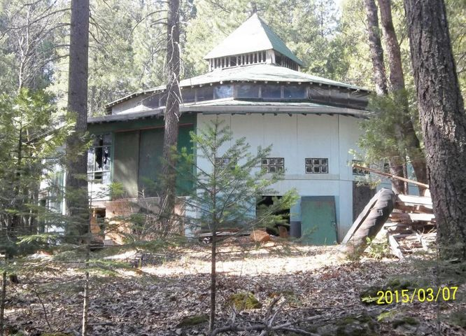 Johnson Rd, Montgomery Creek, CA 96065