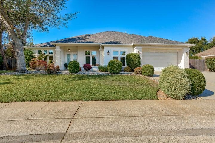 2824 Green Riffle Rd, Redding, CA 96002