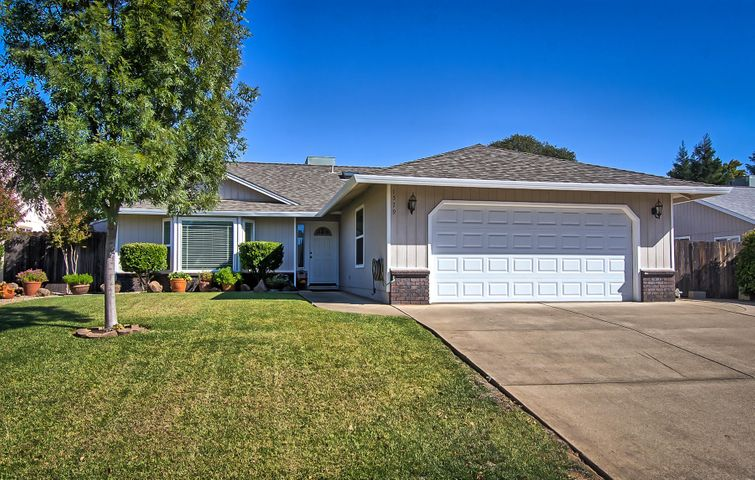 1579 Hominy Way, Redding, CA 96003