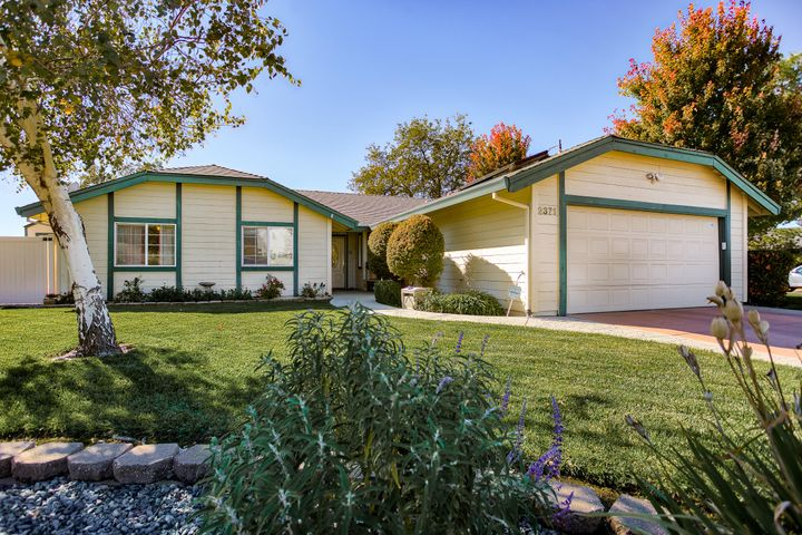 2371 Monterey Ct, Redding, CA 96001