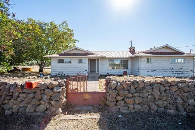 22733 Chase Ave, Corning, CA 96021