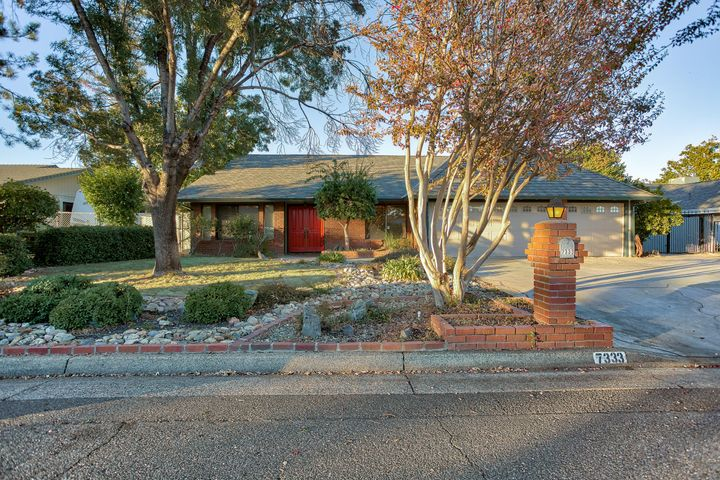 7333 Terra Linda Way, Redding, Ca 96003
