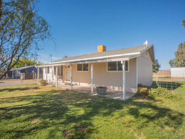 21708 Sacramento Ave, Red Bluff, CA 96080