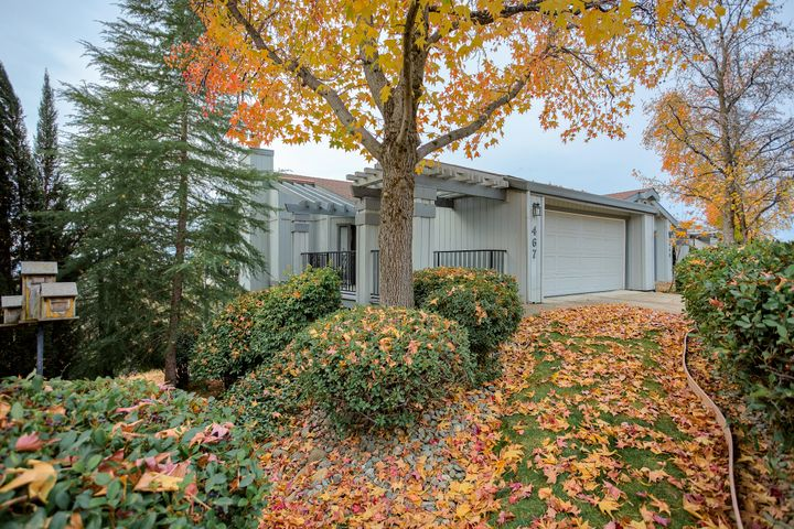 467 Ridgecrest Trl, Redding, CA 96003