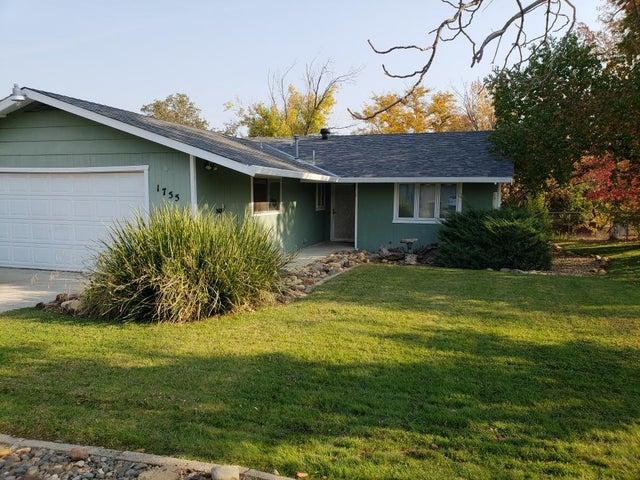1755 Mesa St, Redding, CA 96001