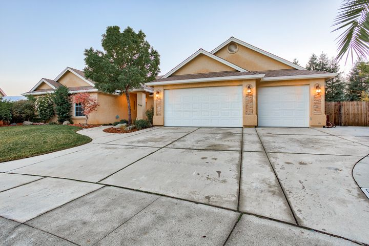 Welcome to 4599 Eel Ct!