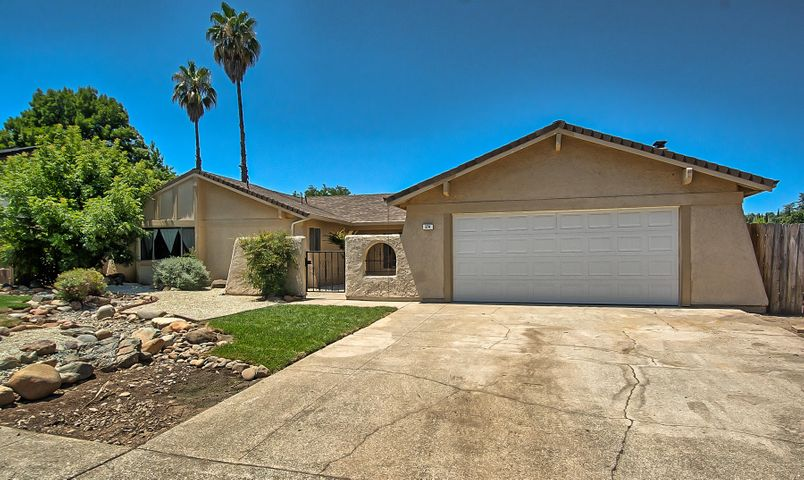 374 Agate Way, Redding, CA 96003