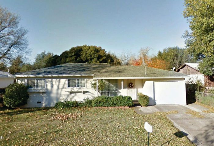 2808 Kenco Ave, Redding, CA 96002