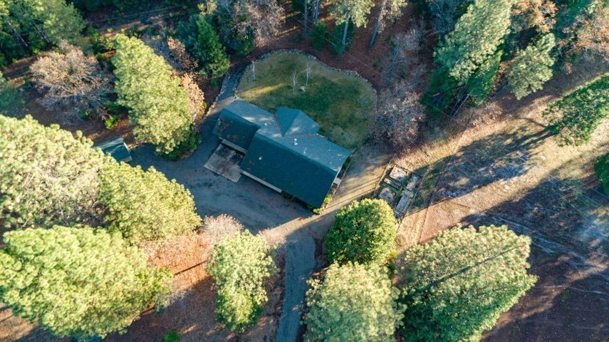 30057 Smith Logging Rd, Oak Run, CA 96069
