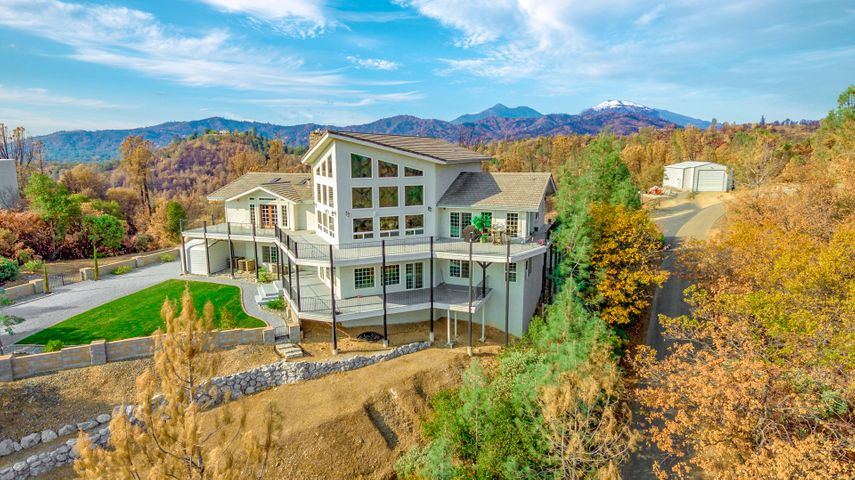 9400 Richison Ranch Rd, Redding, CA 96001