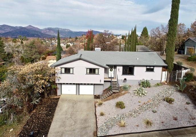 3810 Westgate Ave, Redding, CA 96001