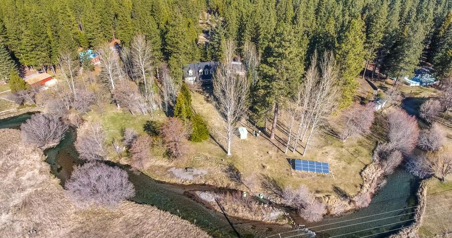 42435 Leaping Trout Way, Hat Creek, CA 96040