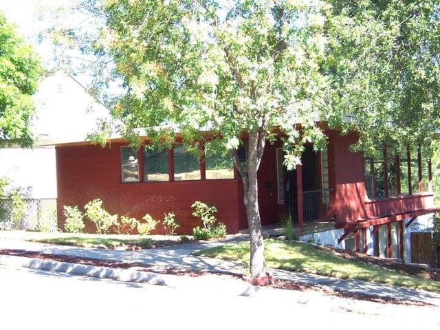 2408 Butte St, Redding, CA 96001