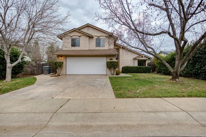 577 Armando Ave, Redding, CA 96003