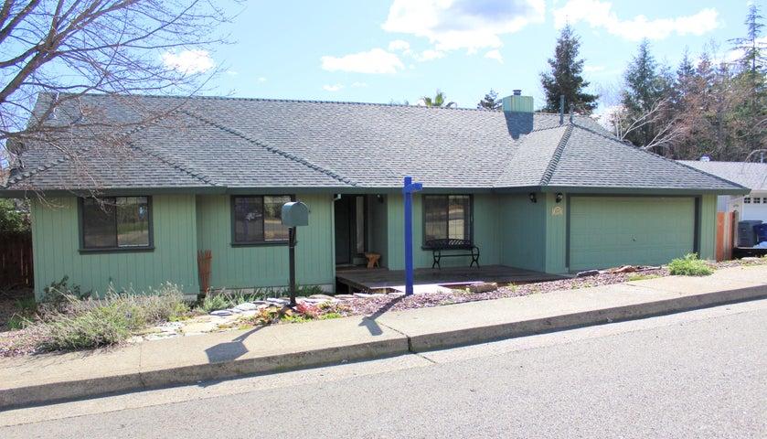 3015 Foothilll Blvd, Redding, CA 96001