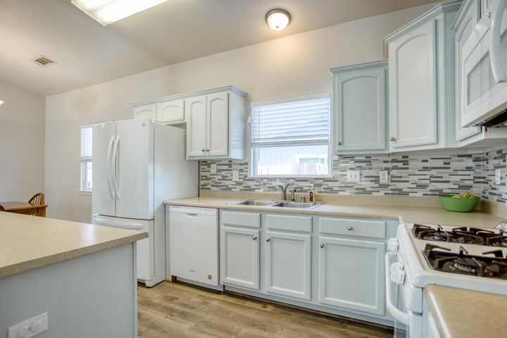 1775 Shasta St, Anderson, CA 96007