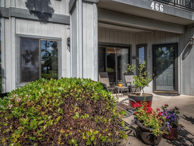 466 Ridgecrest Trl, 135, Redding, CA 96003