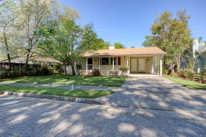 838 Delta St, Redding, CA 96003