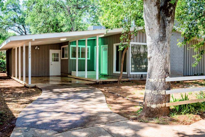 1528 Median Ave, Shasta Lake, CA 96019