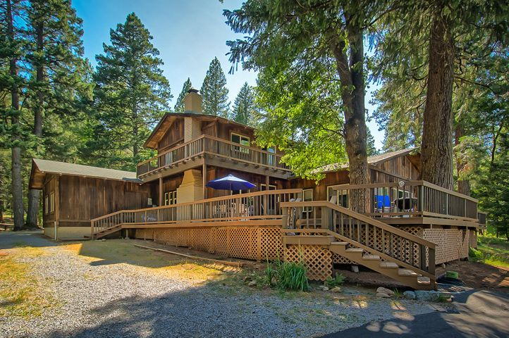 29230 Fenders Ferry Rd, Round Mountain, CA 96065