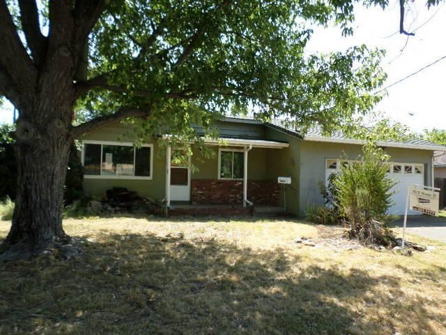 2929 Regal Ave, Redding, CA 96002