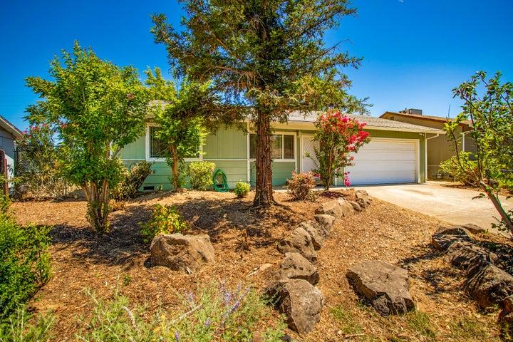 1389 Hemlock Ave, Anderson, CA 96007