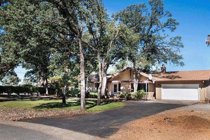7114 Tucker Ln, Redding, CA 96002