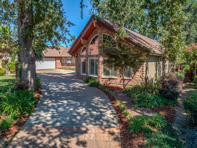 3793 Eagle Pkwy, Redding, CA 96001