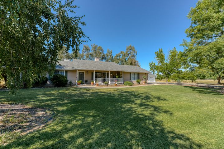 23100 Kilkenny Ln, Red Bluff, CA 96080