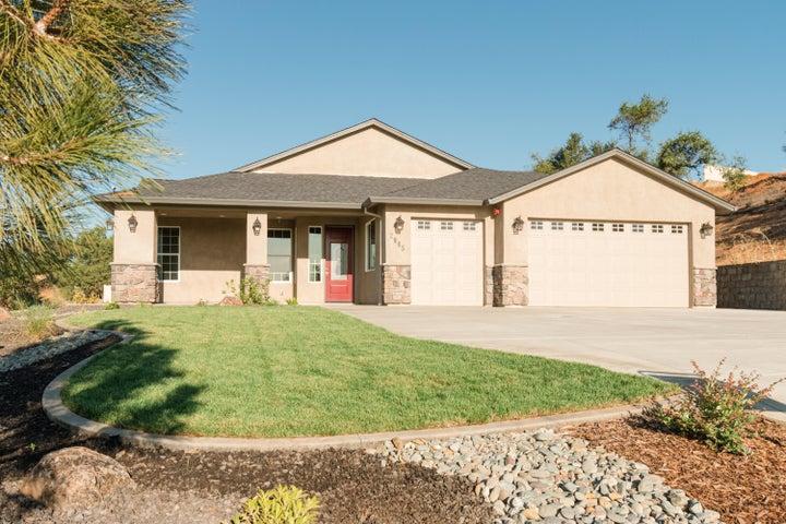 2865 Buckingham Dr, Shasta Lake, CA 96019