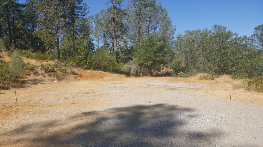 20773 Indian Acres Trl, Redding, CA 96003
