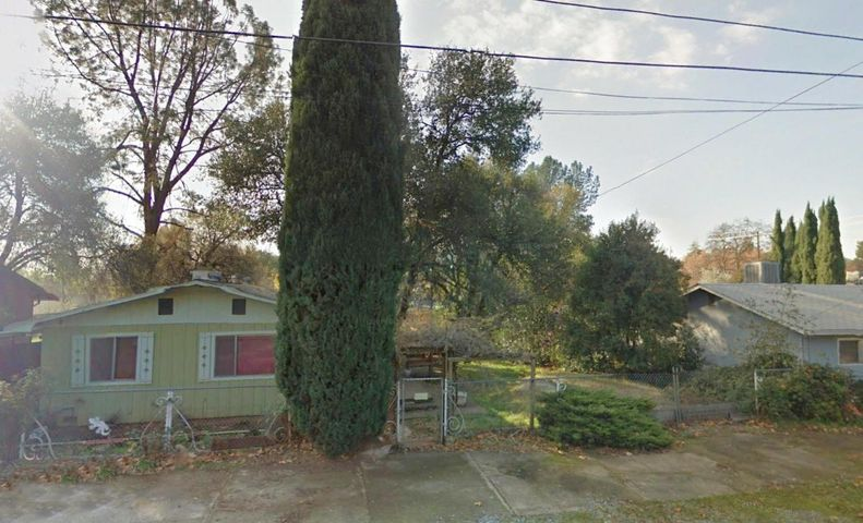 4420 Fort Peck St, Shasta Lake, CA 96019