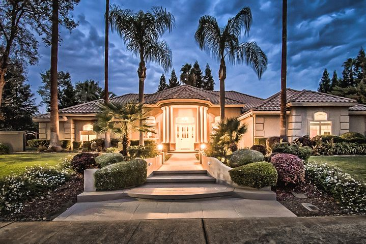 Beautiful Evening Front Entrance