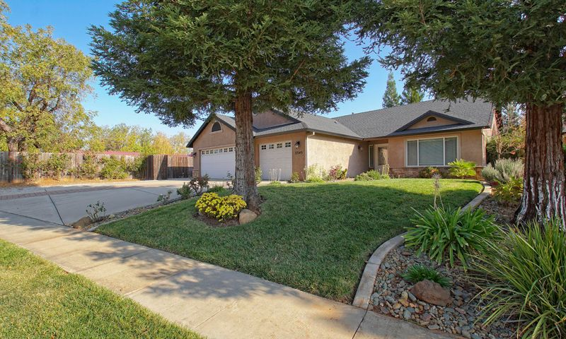 3345 Cockerill Dr, Redding, CA 96002