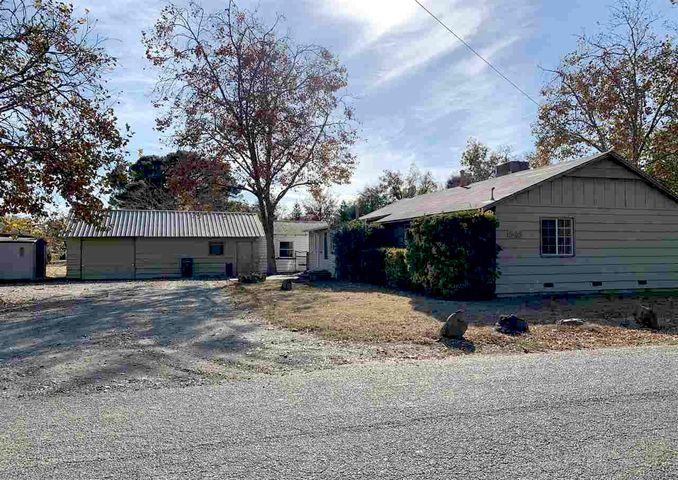 545 Sykes Ave, Red Bluff, CA 96080