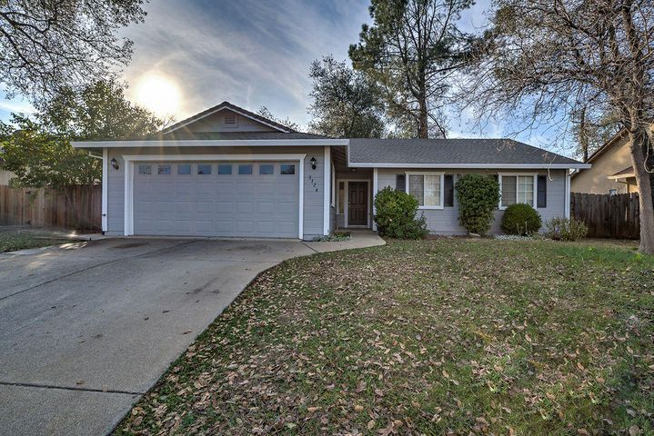 3324 Lawrence Rd, Redding, CA 96002