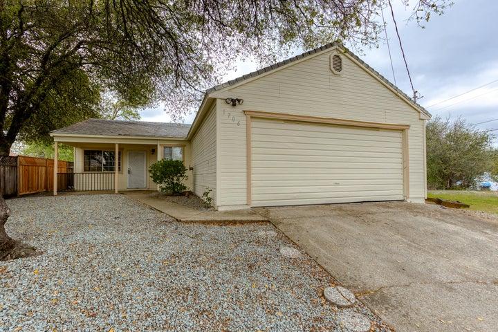 1706 Oregon Ave, Shasta Lake, CA 96019
