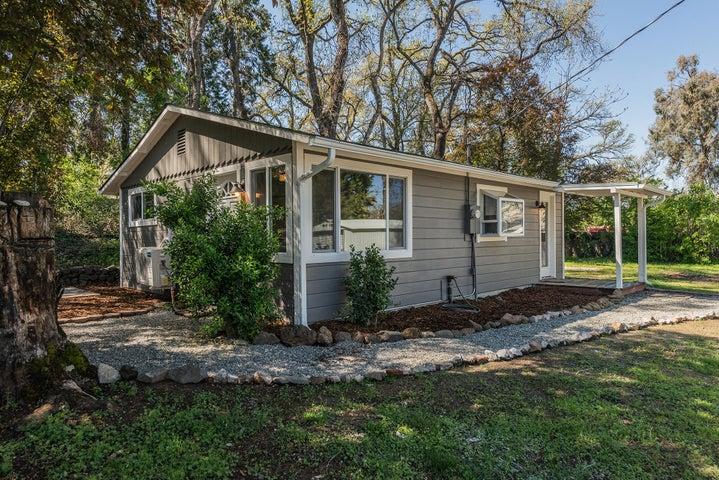 2586 W. Hillside, Anderson, CA 96007