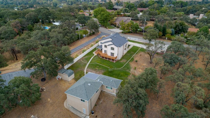 14624 Carriage Ln, Red Bluff, CA 96080
